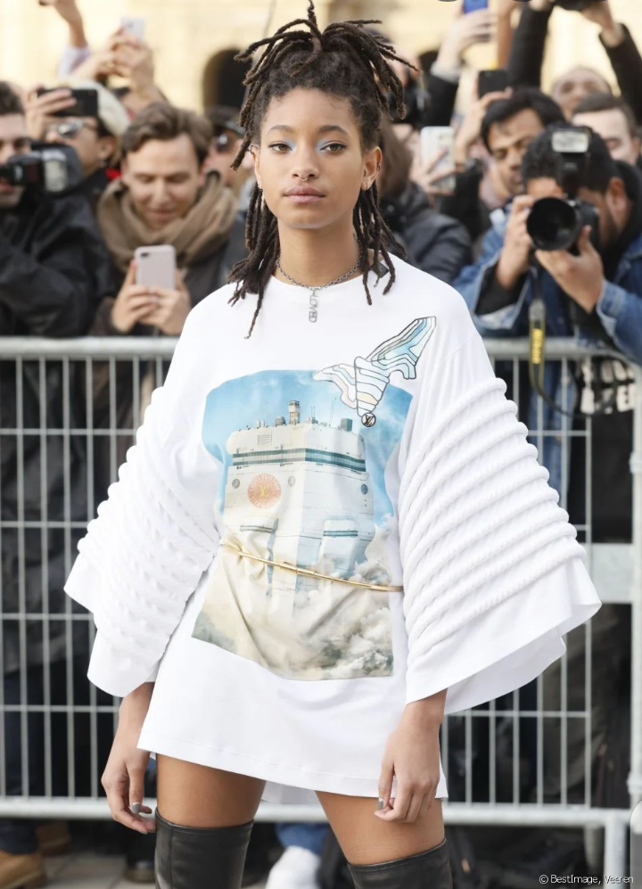 Willow Smith est une adepte du polyamour.